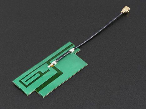 Slim GSM antenna - 4 sávos 3dBi uFL - öntapadós