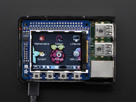 """Raspberry PI TFT kijelző 2.2"""" HAT - 320x240 - (nem érintős)"""