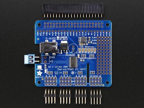 Adafruit 16 csatornás 12 bites PWM/szervó PI HAT modul Raspberry Pi-hez