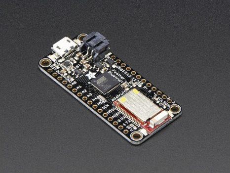 Adafruit Feather 32u4 Bluefruit LE - Atmel mikrovezérlő + Bluetooth LE