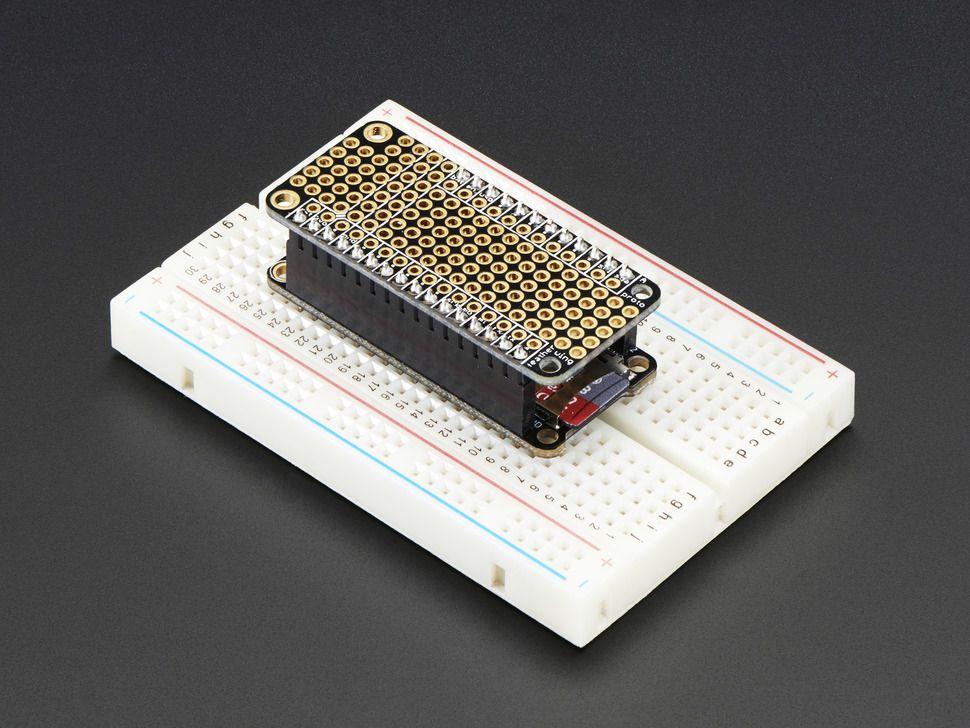 FeatherWing Proto - Prototípus bővítőkártya Adafruit Feather platformhoz